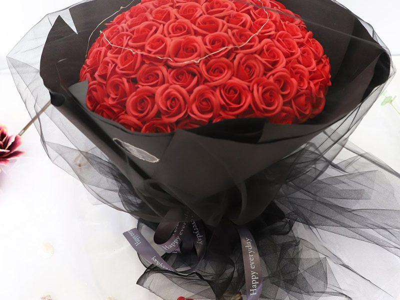 Sevginizi Göstermenin En Kolay Yolu Çiçekler